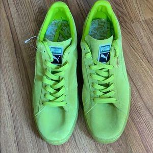 Men's' Classic Suede Puma Sneakers 14